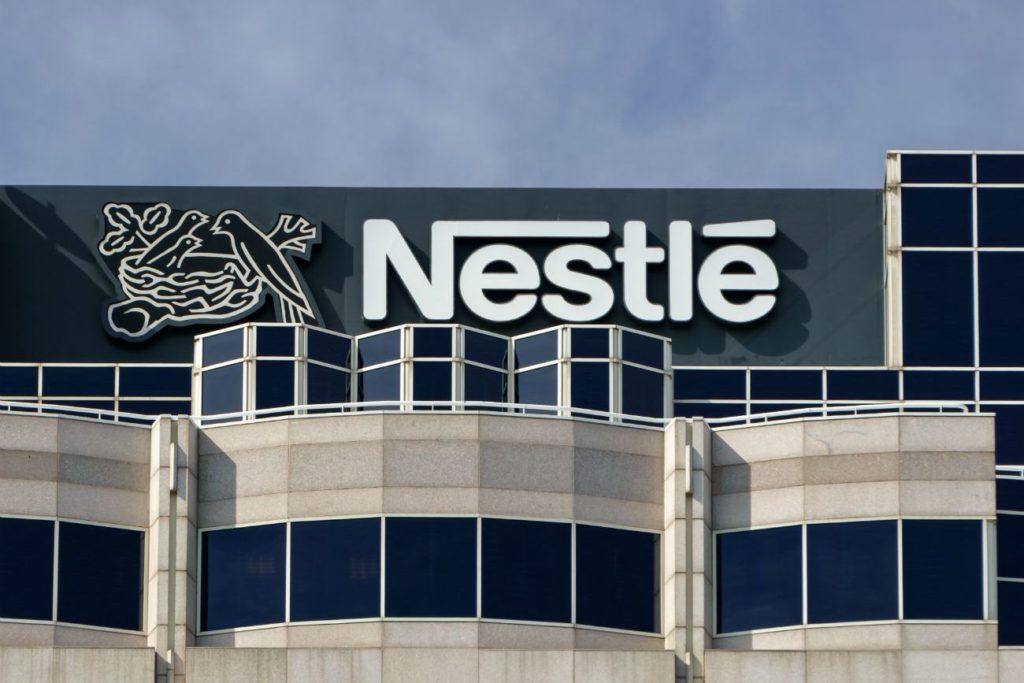 EY y Nestlé