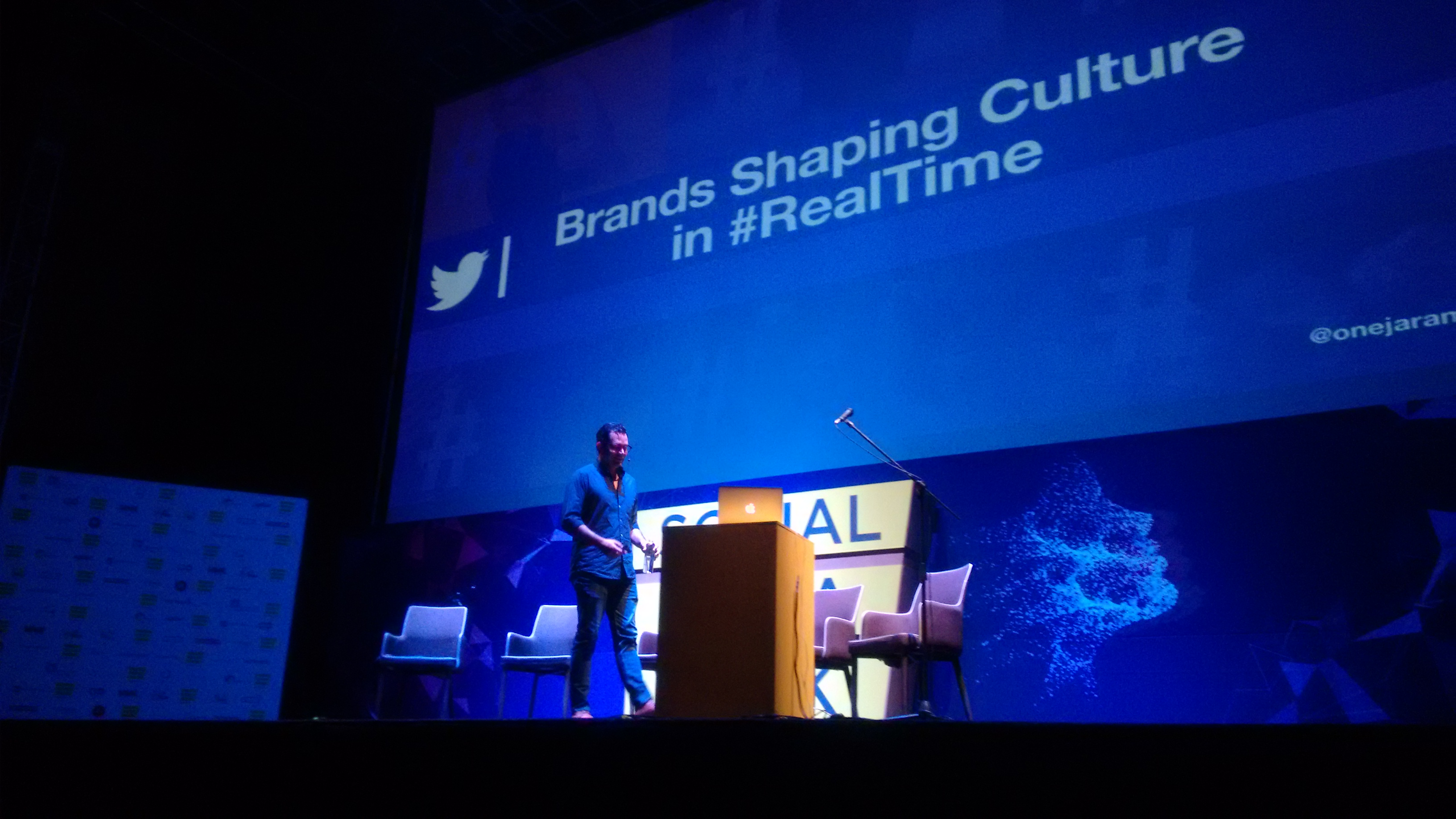 Martín Jaramillo de Twitter, presenta el tema Relevant brands shape culture