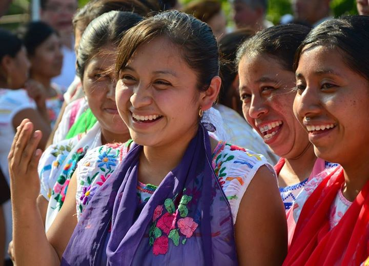 Becas para mujeres indígenas mexicanas