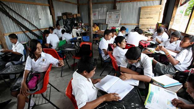 Educación de calidad de INEE