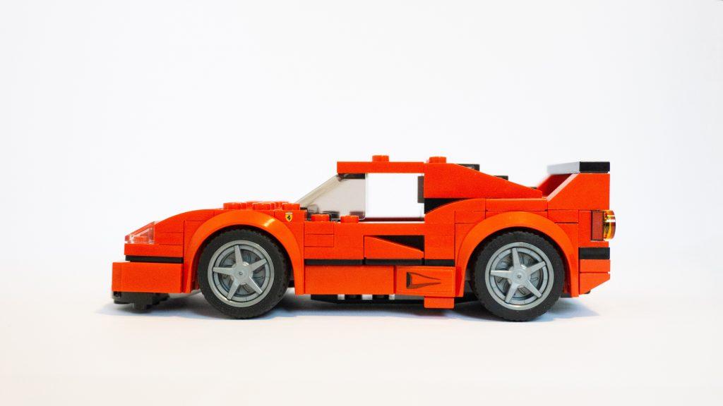 Muchos consideramos los coches eléctricos como el vehículo del futuro. No obstante, se considera que los coches de hidrógeno podrían ser una mejor solución.